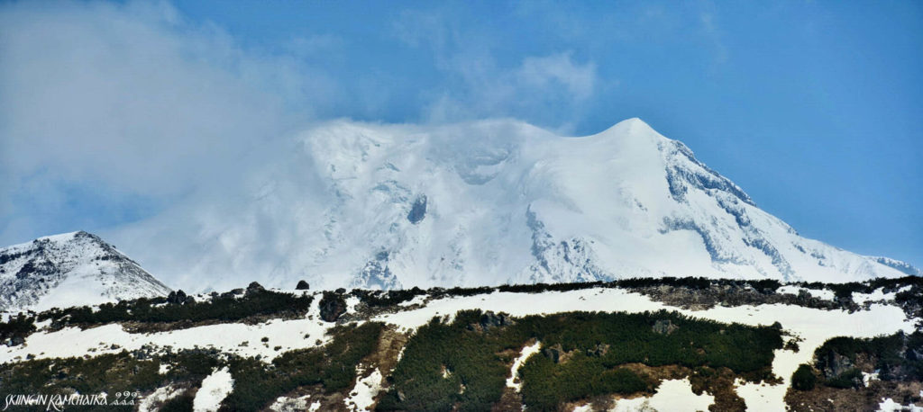 Ichinskaya Sopka volcano from the south