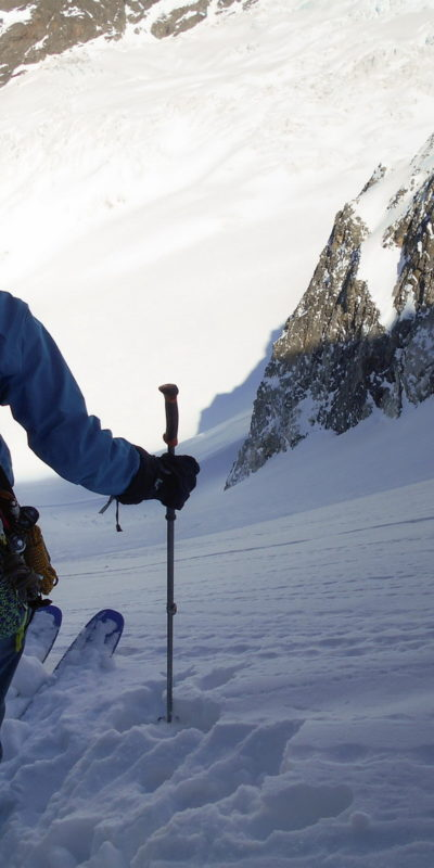Steep skiing on Kasebi glacier